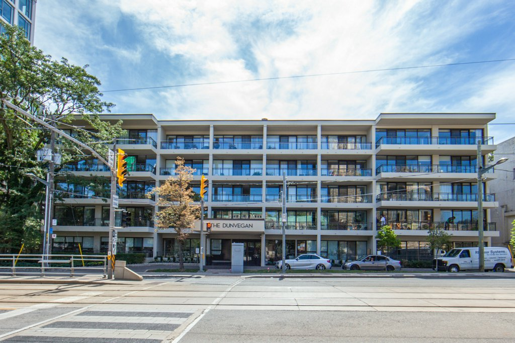 235 St. Clair Ave. W. #204