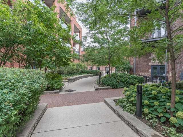 #304 - 363 Sorauren Ave, Toronto