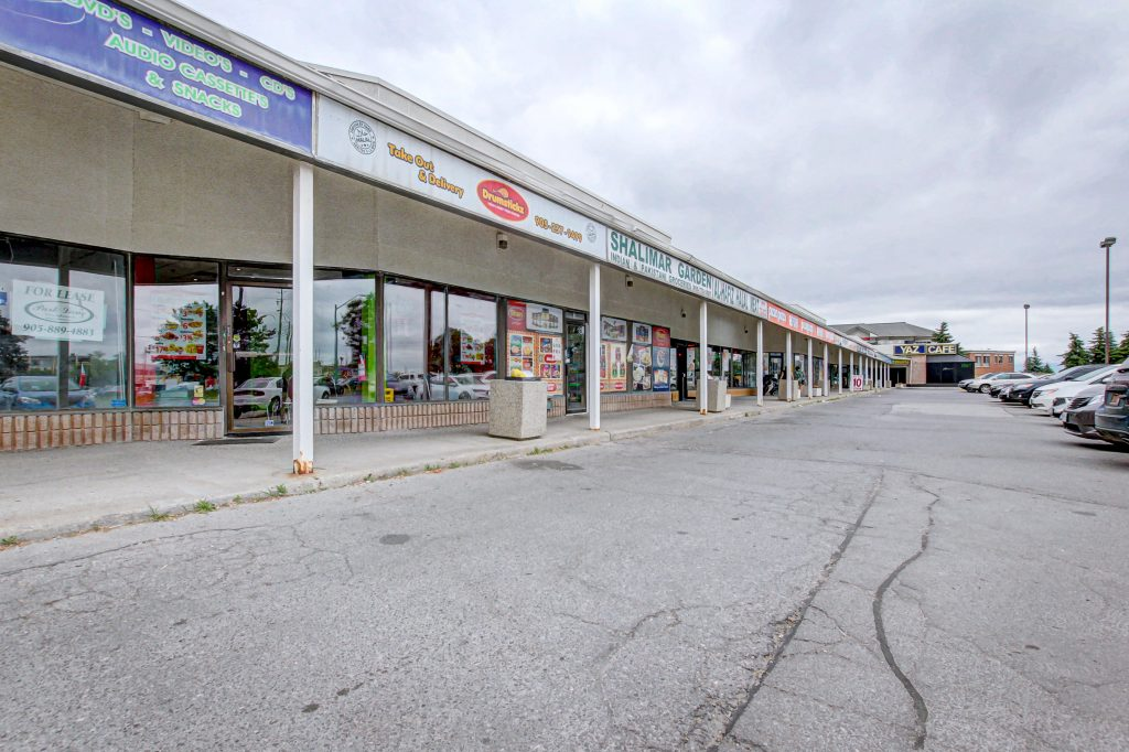 10737 Yonge St, Richmond Hill