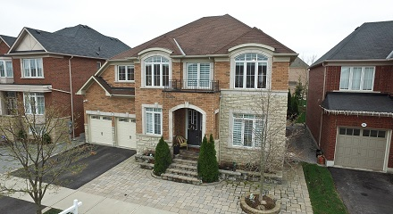 37 Muscat Cres.