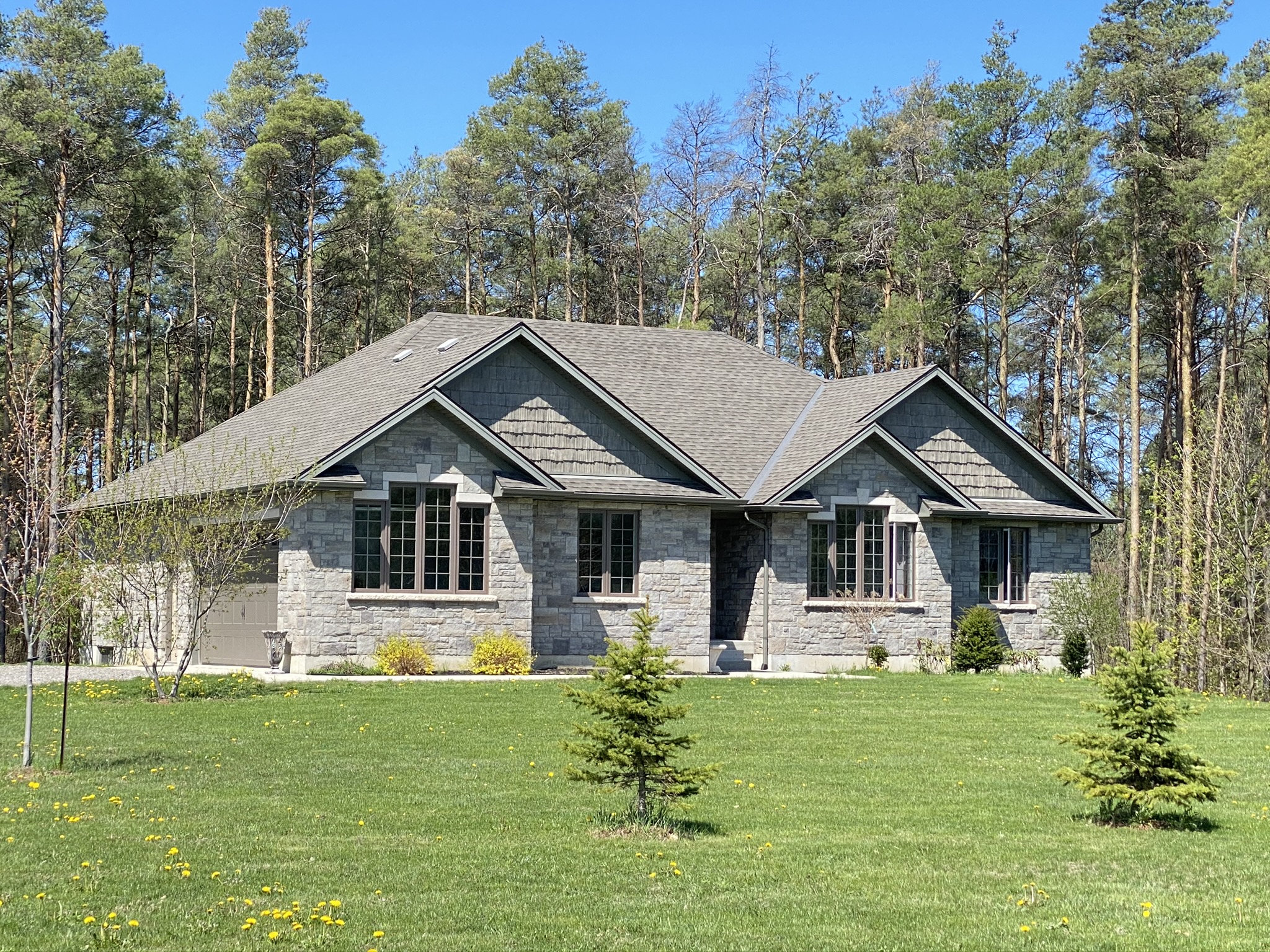 Charming Stone Sided Bungalow