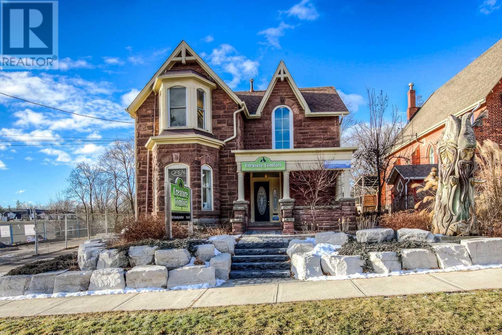 16 MAIN ST S Halton Hills, Ontario