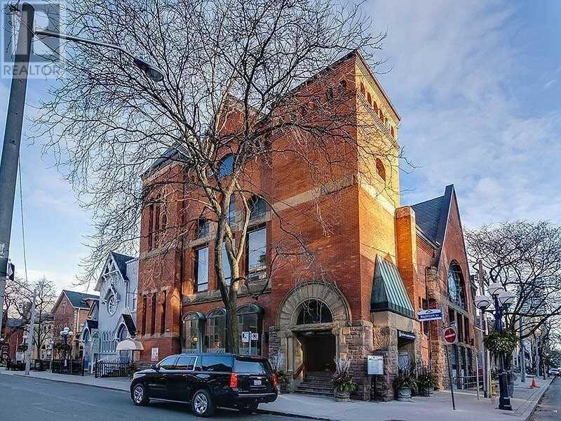 33 HAZELTON AVE Toronto, Ontario