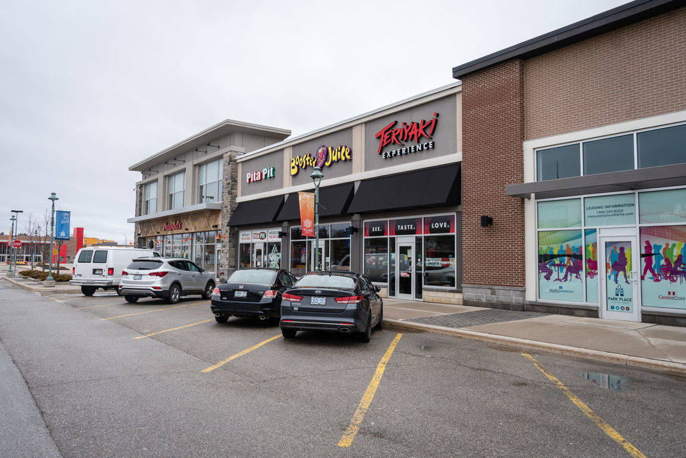 89 Park Place Blvd 4 Barrie Ontario, Barrie